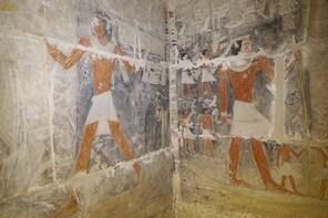 Pyramids & Sakkara New Tombs Day Tour