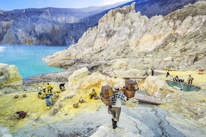 Private Ijen Crater Trekking Tour