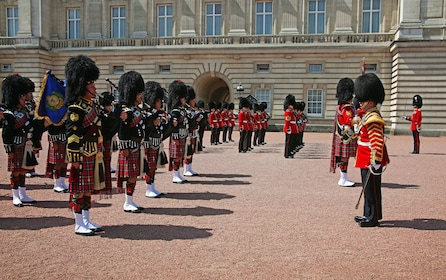 Soldiers at Changing of the Guards at Buckingham Palace in London