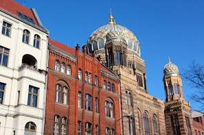 Expert-Led Private Jewish Heritage Tour in Berlin