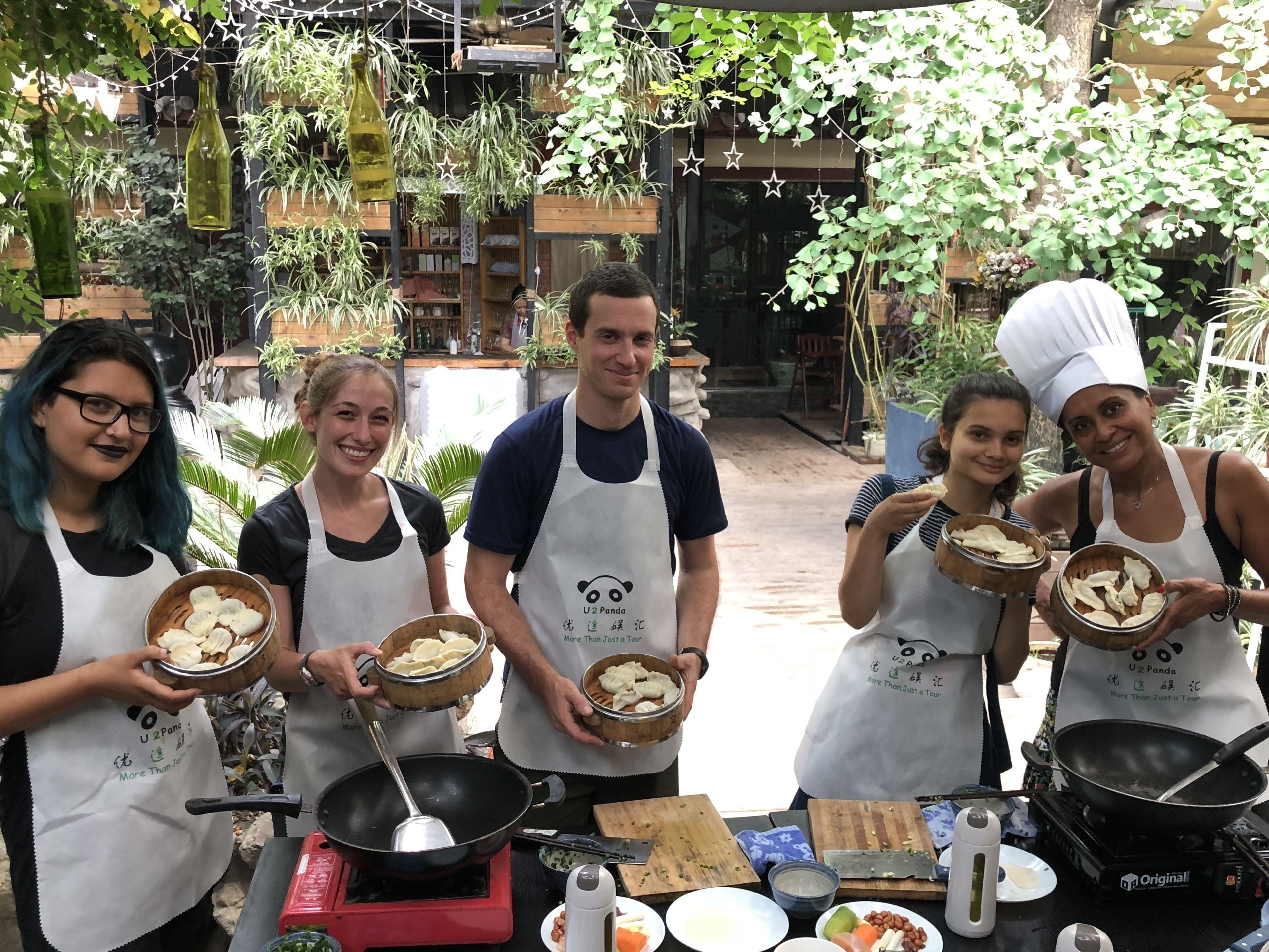 Sichuan Cuisine Cooking Class and Local Wet Market Visiting