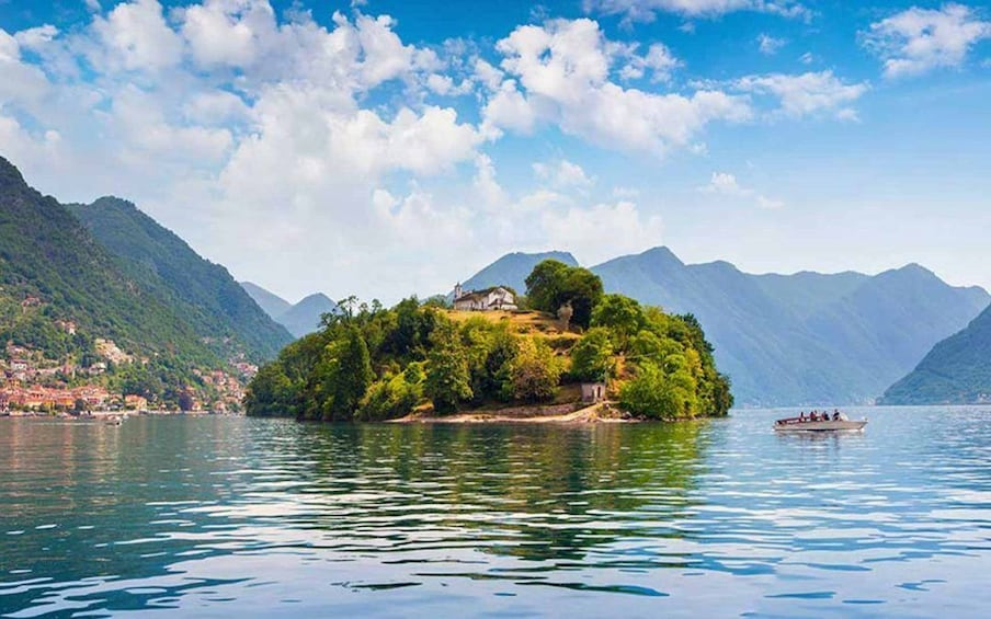 Show item 4 of 8. Comacina Island on Lake Como
