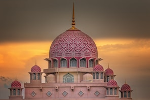 Putrajaya Tour with Traditional Boat Cruise Option