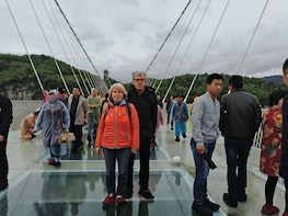 Grand Canyon with Glass Bridge & Baofeng Lake Private Tour