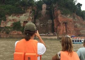 Chengdu Private Tour to Panda Base and Giant Buddha