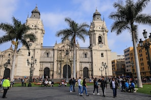 Lima City Walking Tour with Pick-up & drop off (Small Group)