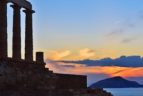 Full day cruise to Sounio with snorkeling and swimming