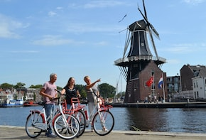 Highlight Haarlem Bike Tour with local guide
