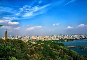 Hangzhou Highlights Private Day Tour from Shanghai