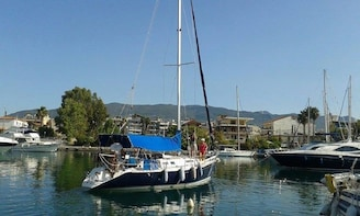 Private Day Cruise in the Messinian Bay from Kalamata