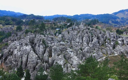 Unique Kunming Tour to Stone Forest and Ethnique Yi Village