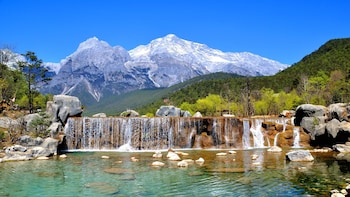 Lijiang Tour to Baisha Village & Jade Snow Mountain