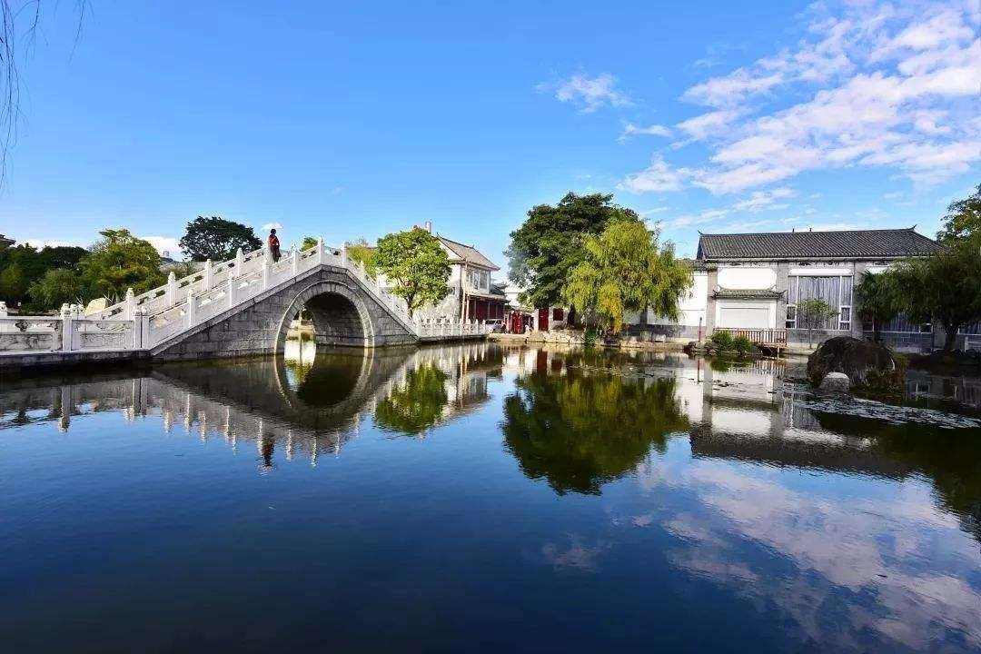 1 Day Dali Highlight Tour to Erhai Lake and Xizhou Town