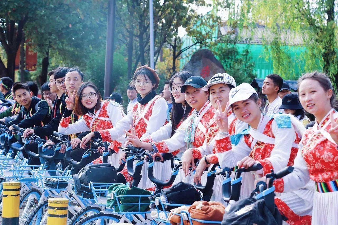 An Epic Lijiang Cycling Tour to Jade Dragon Mountain