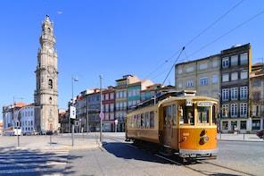 Porto City Tour with Dinner and Fado Show