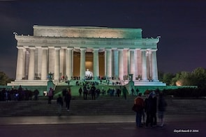 See DC Today - Small Group Moonlight Tour
