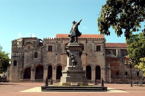 Full-Day Santo Domingo City Tour from Punta Cana