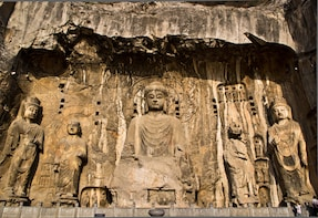 Longmen Grottoes and White Horse Temple Day Trip in Luoyang