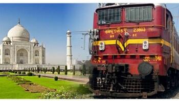 Same Day Taj Mahal Agra Tour From Delhi By Gatimaan Express