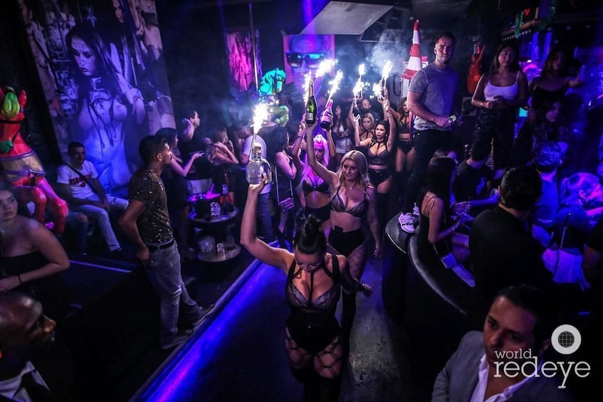 Show item 9 of 9. 6 hours Party in Miami Open Bar Limousine With Club Entry