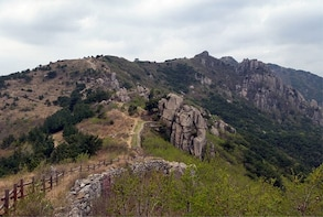 Pottery & Makgeolli Experience and Hiking at Guemjeong MT