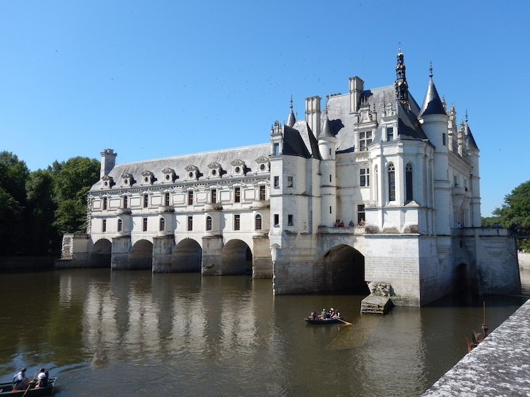 Show item 5 of 5. The Greatest: Chambord, Chenonceau and Wines LVT-GD1