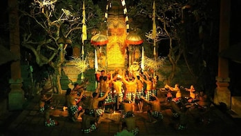 Kecak Fire, Trance & Monkey Dance Tour