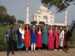 Taj Mahal & Agra Fort: Private Sunrise Tour from Delhi