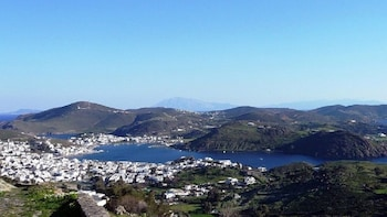 Day Cruise Patmos Monastery – The Holy Island from Samos