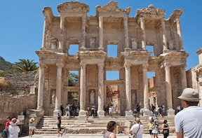 Day Cruise Kusadasi and Ephesus – A taste of Turkey