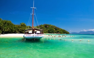 Boat Tour To Angra Dos Reis Beaches