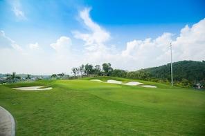 Golf at Yen Dung Resort & Golf Club