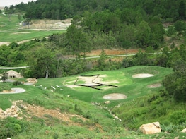 Golf at The Dalat at 1200 Country Club