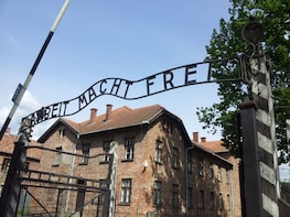 Auschwitz Birkenau & Salt Mine in one day from Krakow