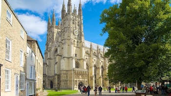 Private tour to Canterbury, Dover Cliffs and Dover Castle