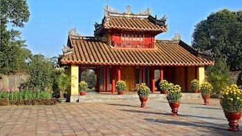 Hue Royal Tombs Half-day Tour