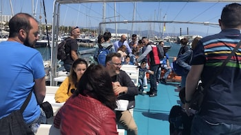 Benalmadena Mussel Cruise to a Mussel Farm and Tasting
