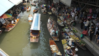 Damnoen Saduak Floating Market & Boat Ride