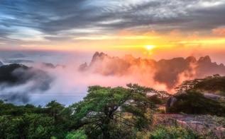 2 Days Mount Huang Group Tour