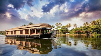 Beautiful Kerala tour packages 9 Days