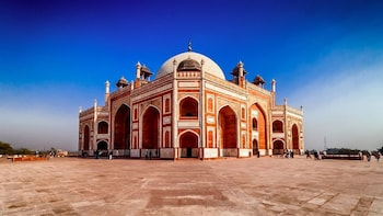 Customised Private Delhi Tour with Transfer Services