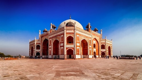 Customized Private Delhi Tour with Transfer Services