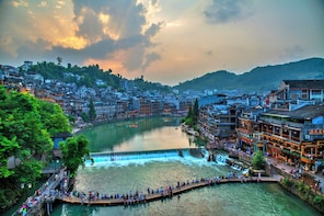 4-Day Leisure Trip at Zhangjiajie & Fenghuang Ancient Town