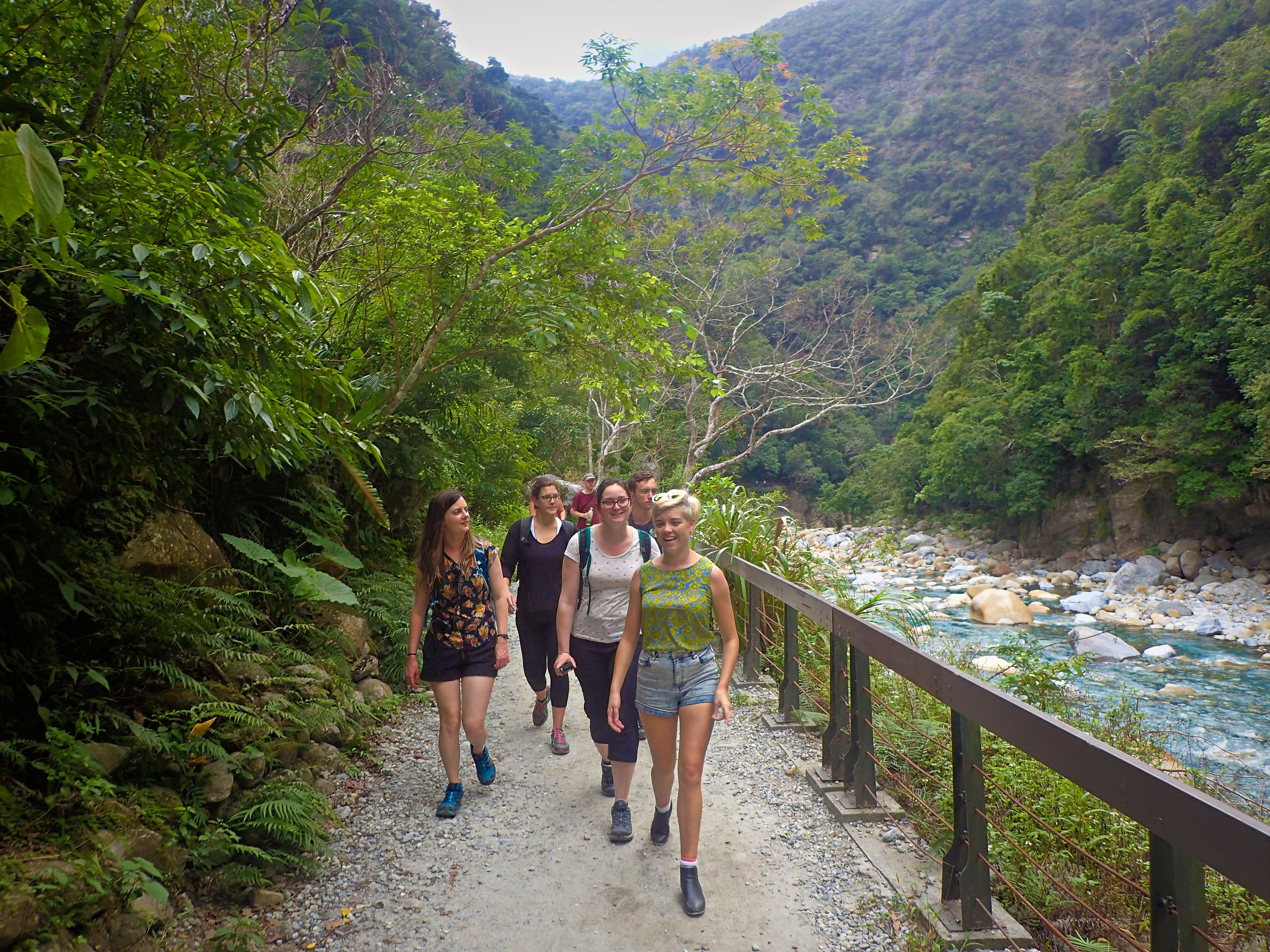 Taroko Gorge Day Tour in English - Small Group - Early Start