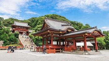 Kamakura Tsurugaoka Hachimangu Tour with Licensed Guide