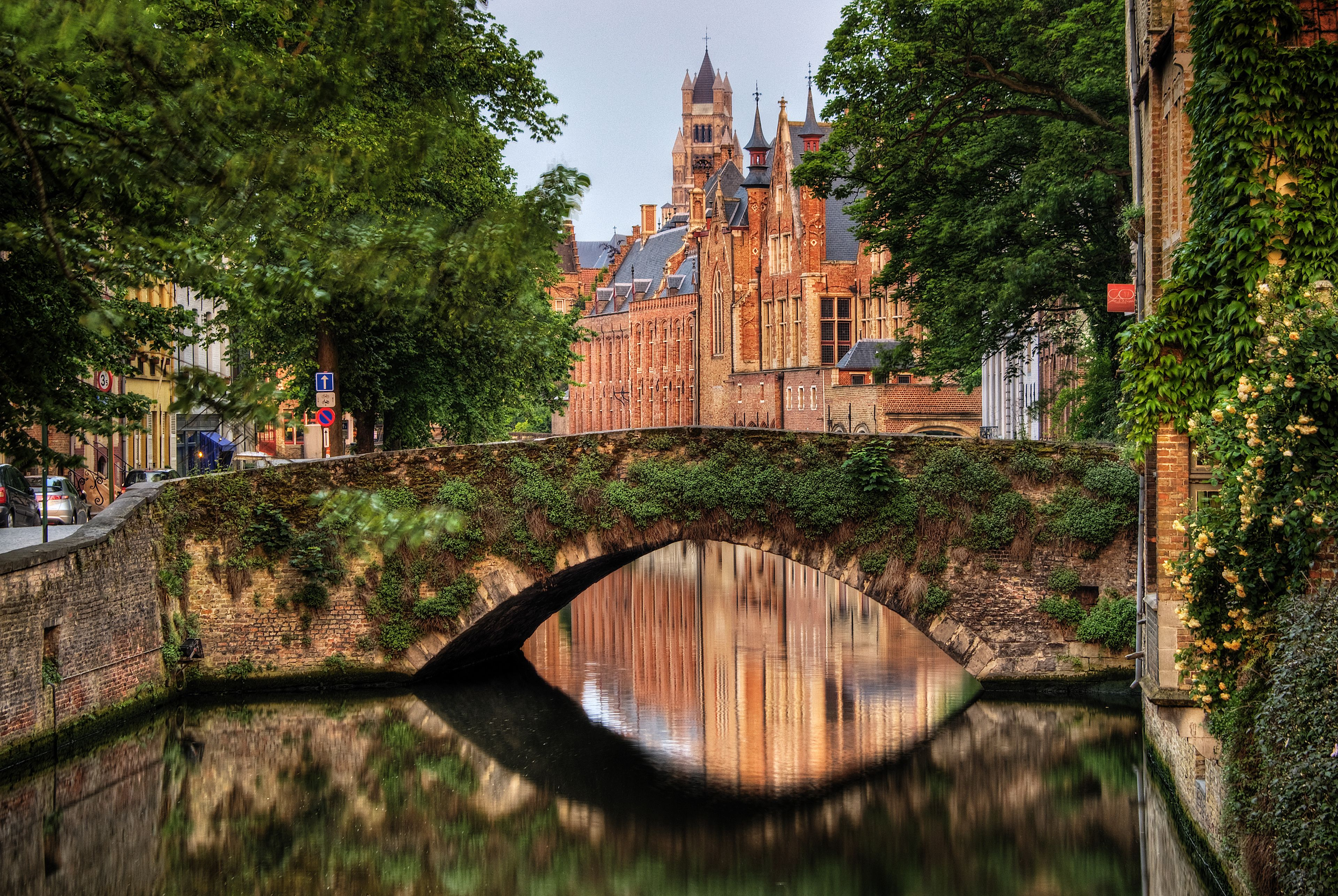Private day trip to Bruges from Amsterdam