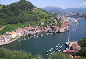 Trip to your Basque roots and traditional cuisine experience