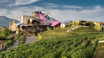 Rioja Alavesa, Land of Wine
