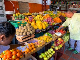 Tropical Fruits Tour - Discover Colombia through your palate