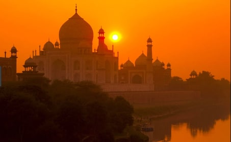 Full day Delhi - Overnight Agra with sunrise Taj Mahal tour.